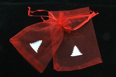 Organza zakjes 10 x 15 cm rood met witte kerstboom