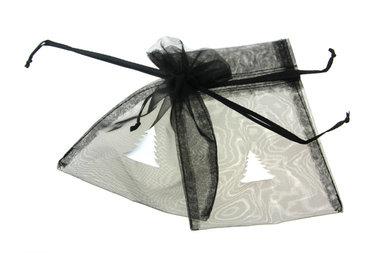 Organza zakjes 10 x 15 cm zwart met witte kerstboom